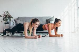家で出来る筋力トレーニング10選〈女性編〉引き締まった身体を手に入れたい!
